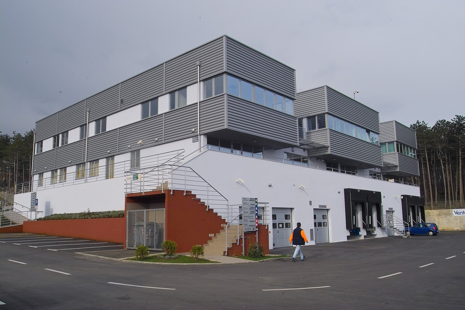 MARTINKOVAC proizvodno- poslovna građevina, upi-2m
