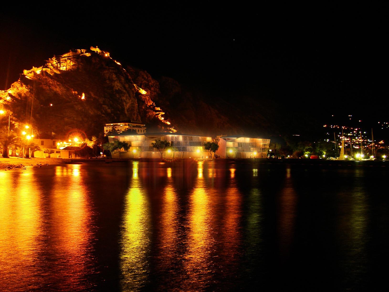 kotor-nocsvjetlije