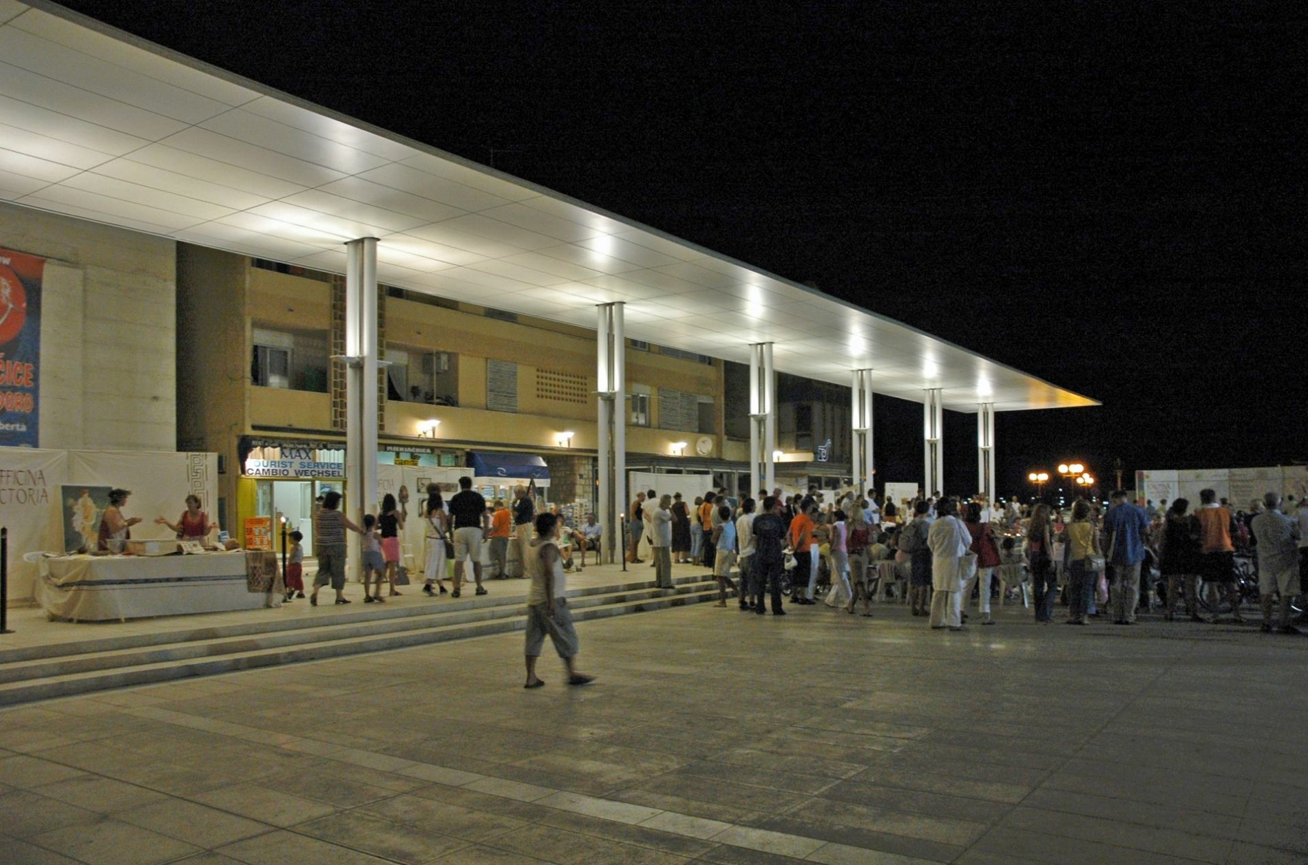 središnjki gradski trg u umagu, umag, središnji trg, gradski trg, main square in umag, structure, nenad fabijanić, konstrukcija, upi-2m